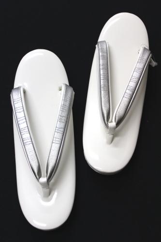 日本製草履 「白地エナメル L寸」