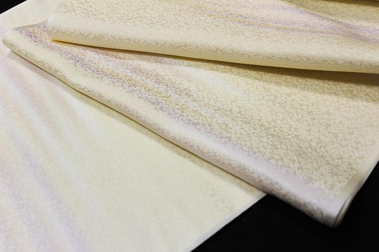 最高級正絹長襦袢「氷割れ地紋に霞ぼかし」