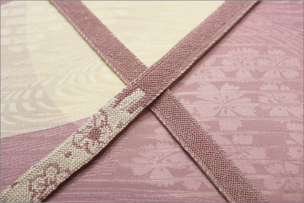 帯揚げ・帯締めセット夏用 訪問着向き 赤紫色地の帯揚げ&藤色系の帯締め