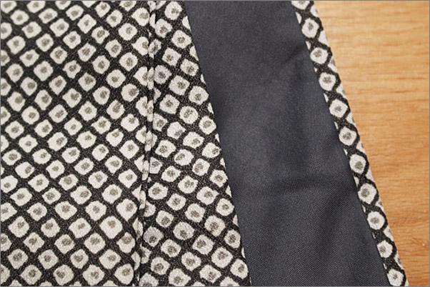 洗える着物 袷 小紋 黒色系地に染め鹿の子柄 Mサイズ