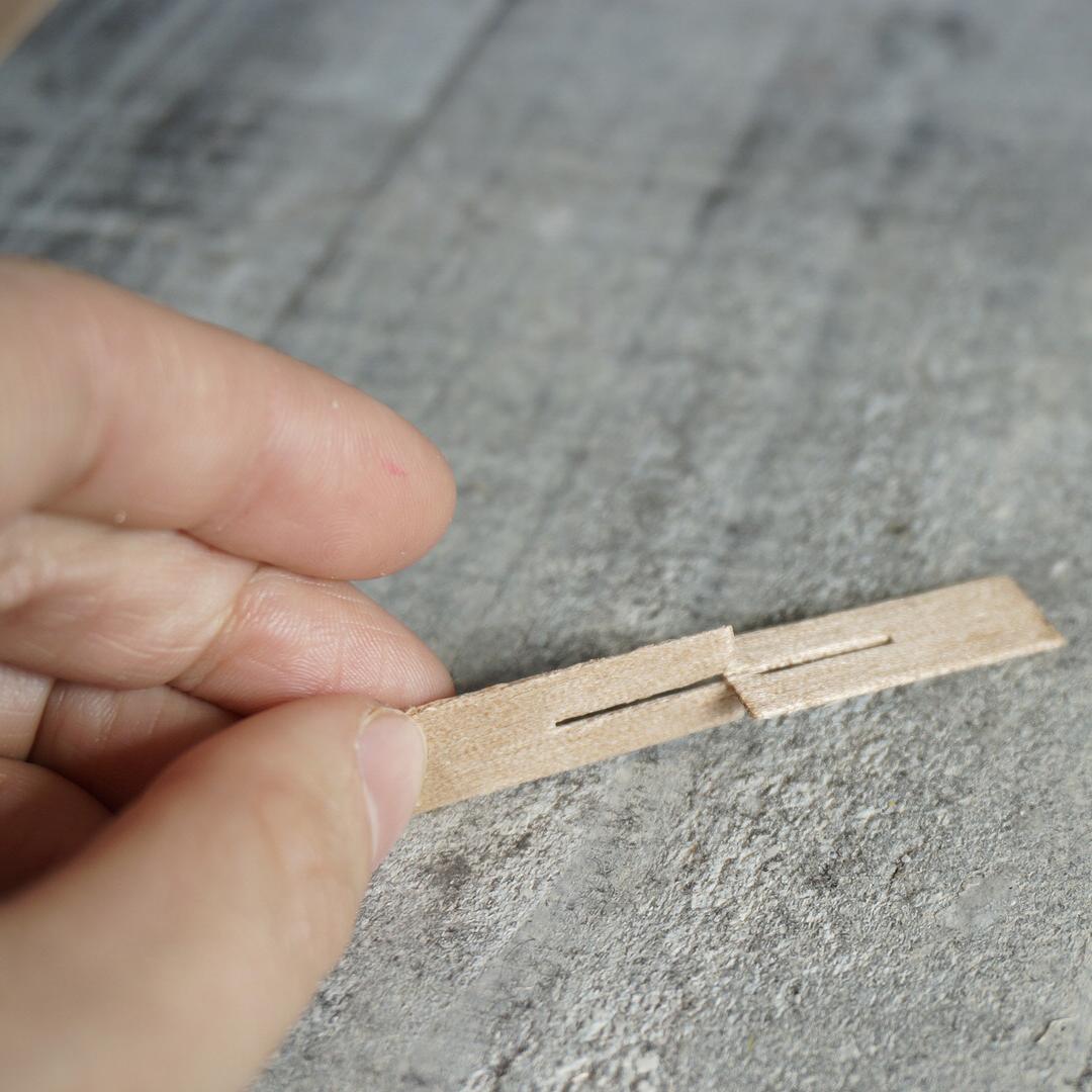 【ウッドウィック】木製芯 クロスタイプ 10mm×30mm (専用座金付) 【6本セット:20本セット】