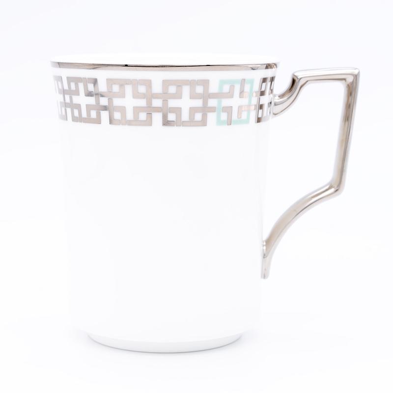 [KIRA KARACHO × Noritake]角つなぎ マグカップ (白)