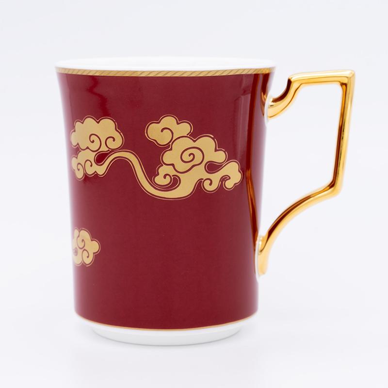 [KIRA KARACHO × Noritake]天平大雲 マグカップ (白・赤)