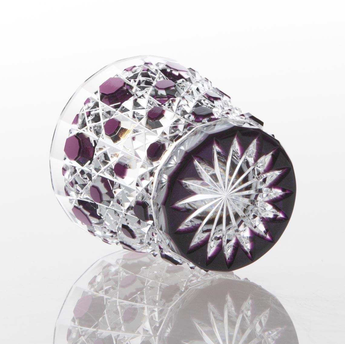紫被籠目文切立盃 (むらさきぎせ かごめもん きったてはい)