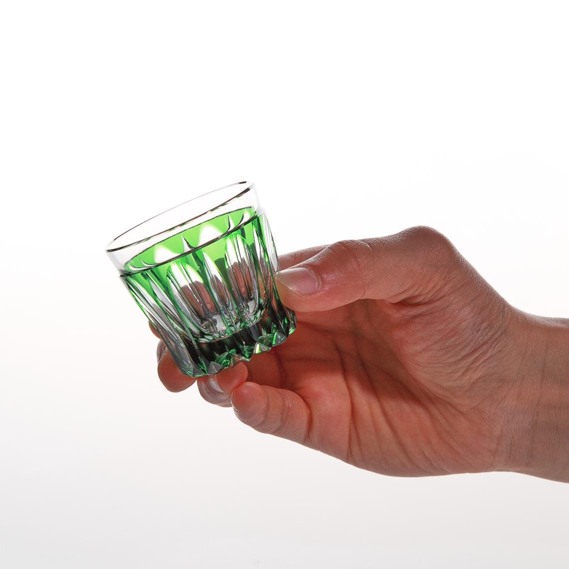 緑被万華様切立盃 (みどりぎせ まんげよう きったてはい)