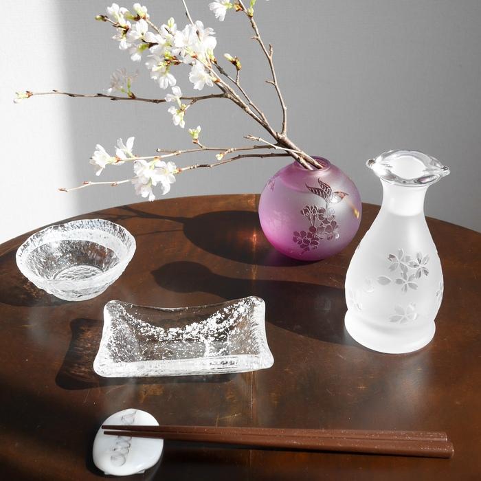 氷がさね桜醤油差しセット(木箱付)