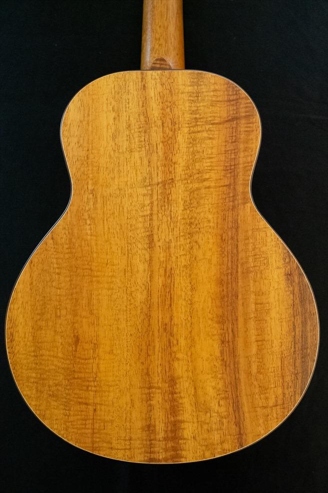 【TODA Guitars】VT No.570 テナーサイズ