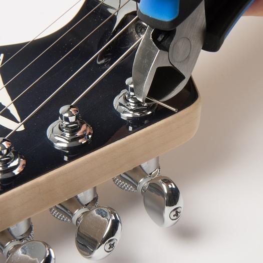 【弦交換用カッター】MUSIC NOMAD MN226 グリップカッター(刃先カバー付き) ※ネコポス対応