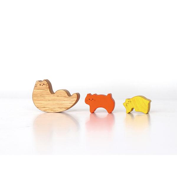 Family Cat 木のおもちゃ 木製玩具