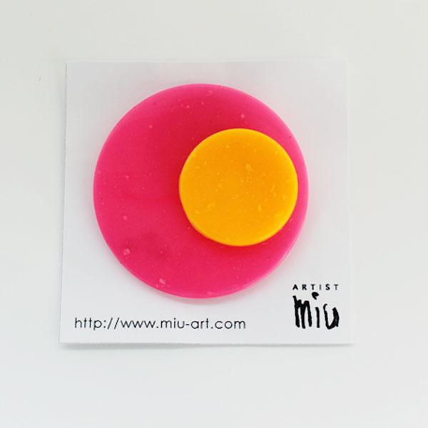 ARTIST miu ブローチ PINK ORANGE