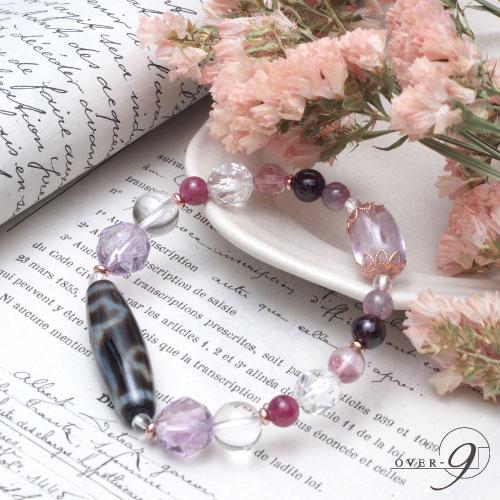 泥に染まらず美しく咲く…◆紅朱砂◆水蓮花天珠 ブレス