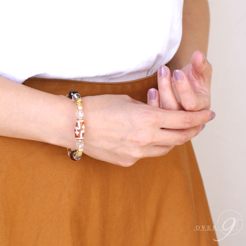 【豊穣の女神〜太陽の恵み〜 『老玉髄 紅竜紋 宝瓶天珠』ブレスレット】【メール便不可】