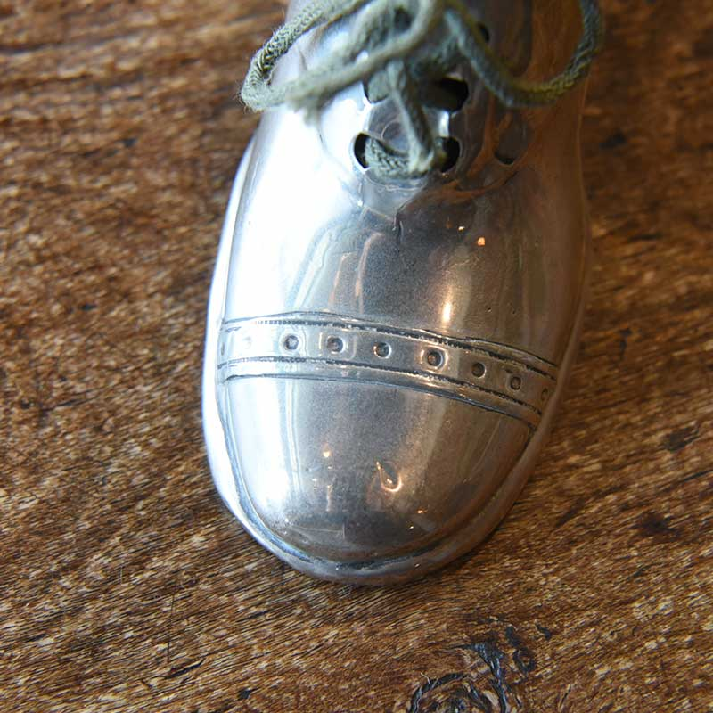 1910's Silver 靴型ピンクッション(針刺し)