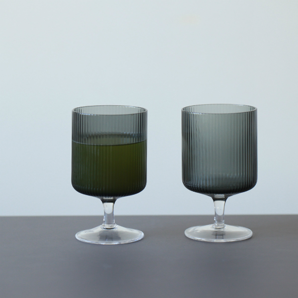 ferm LIVING (ファームリビング) Ripple Wine Glasses(リップル ワイングラス)2個セット スモークグレー 北欧/ガラス食器/日本正規代理店品