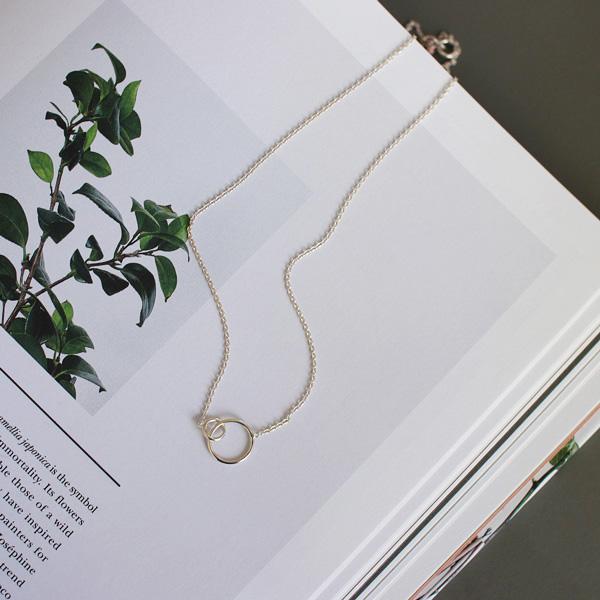 Enamel (エナメル) ネックレス 42-45cm ダブルサークル シルバー 【メール便】