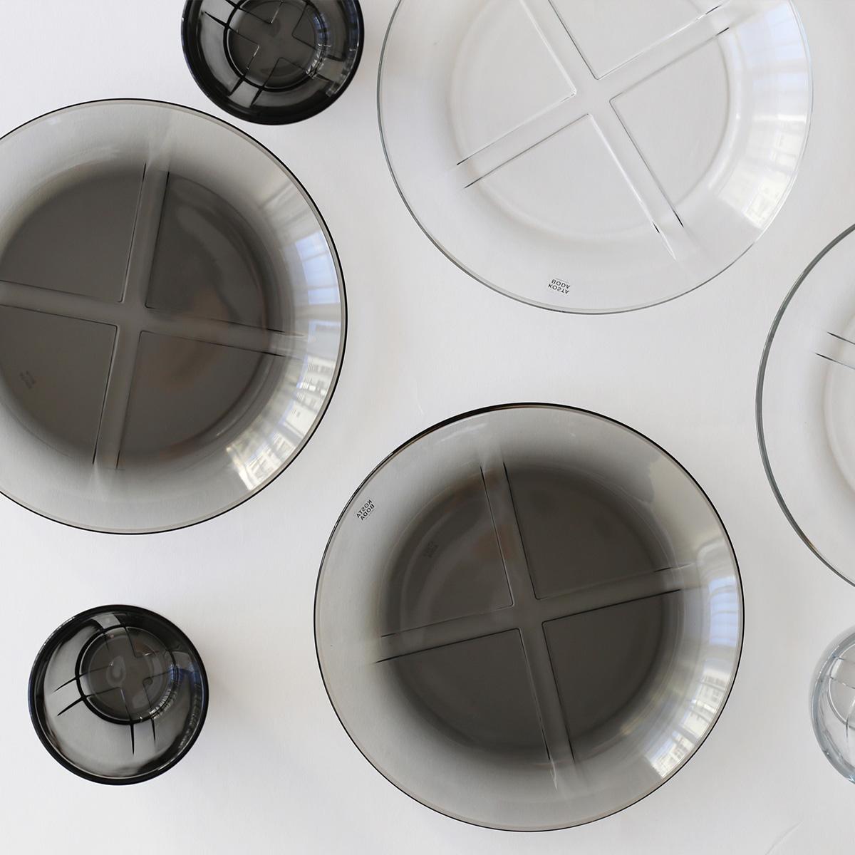 KOSTA BODA (コスタ ボダ) Bruk.(ブルック) サイドプレート H2.1×Φ19.5cm スモーキーグレー北欧/食器/皿