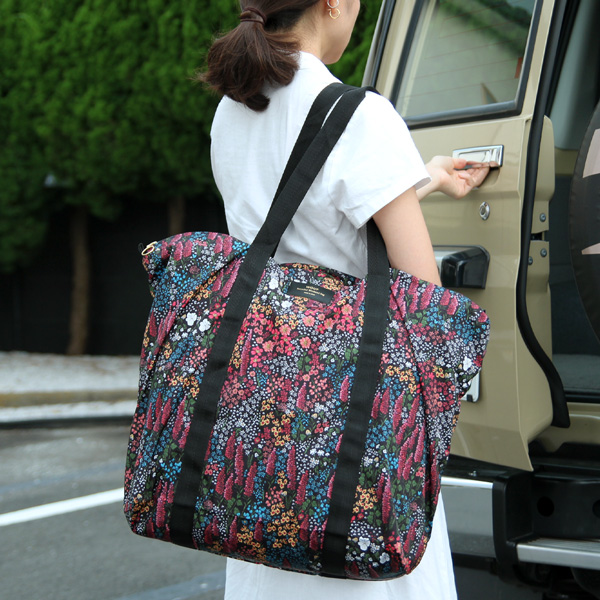【40%OFF】WOUF (ウーフ) リサイクルエコバッグ(折り畳み) Recycled Weekend Bag レイラ ショッピングバッグ/レジバッグ/大容量/旅行用バッグ/コンパクト/リサイクル素材/コンパクト