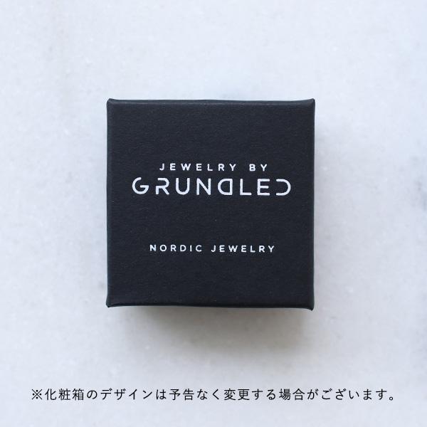 Grundled (グルンドレッド) ピアス Genitiv ブラック/マスタード 【メール便】