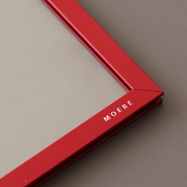 MOEBE (ムーベ) <br>FRAME フレーム A4 <br>ディープレッド <br>アクリル板/ポスター/額縁/壁掛け/北欧/インテリア