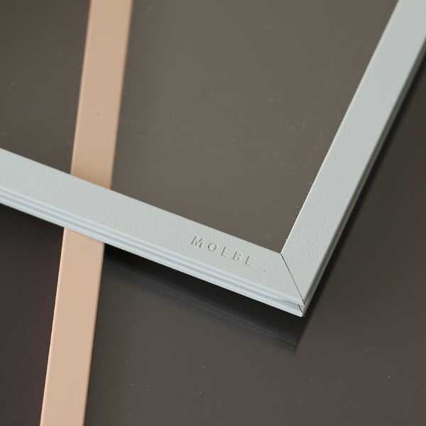 MOEBE (ムーベ) <br>FRAME フレーム A4 <br>ライトグレー <br>アクリル板/ポスター/額縁/壁掛け/北欧/インテリア