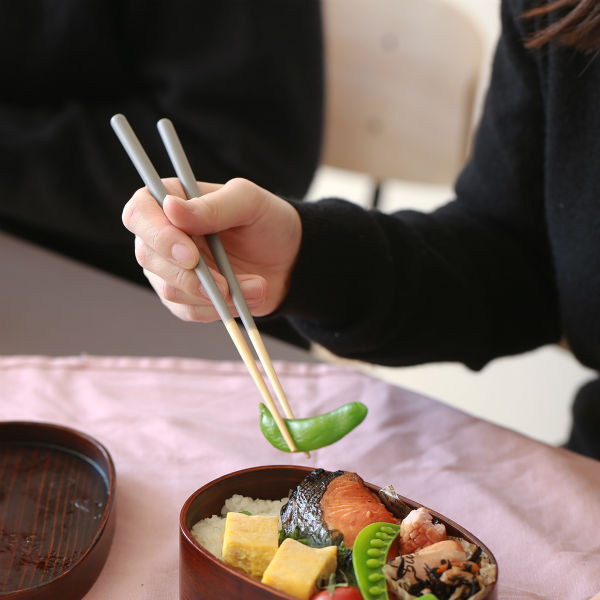 STIIK KIDS (スティック キッズ) 箸/はし(1膳入り) ミディアムグレー カトラリーのような箸/一年箸/竹製/お弁当用/子ども用 【メール便】