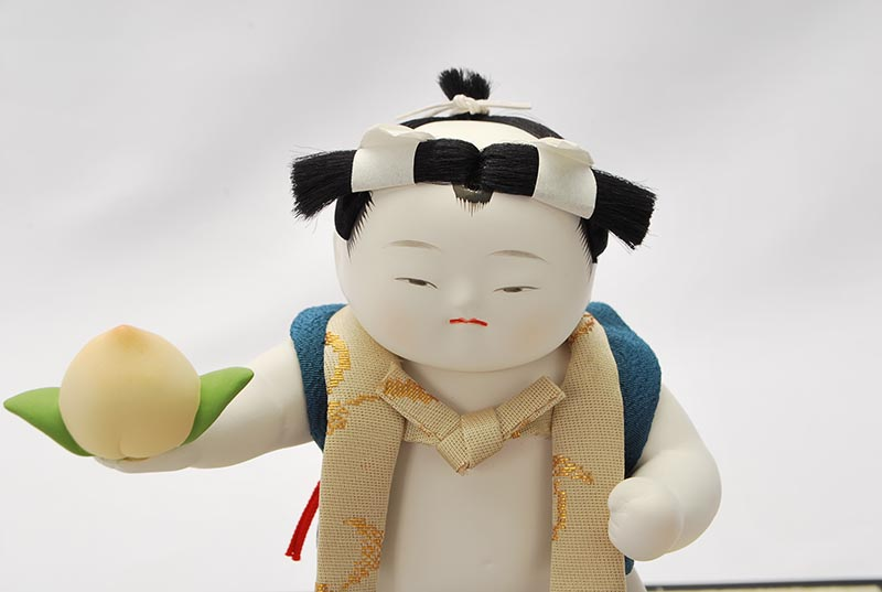 四寸御所桃太郎(衣裳着ケース)