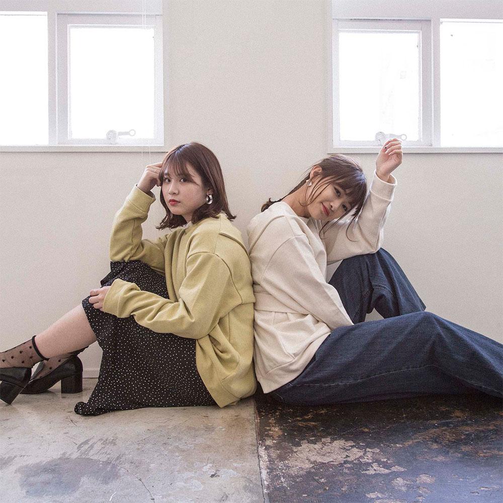 20%OFF【Cherish me】バックオープンスウェット(マスタード)