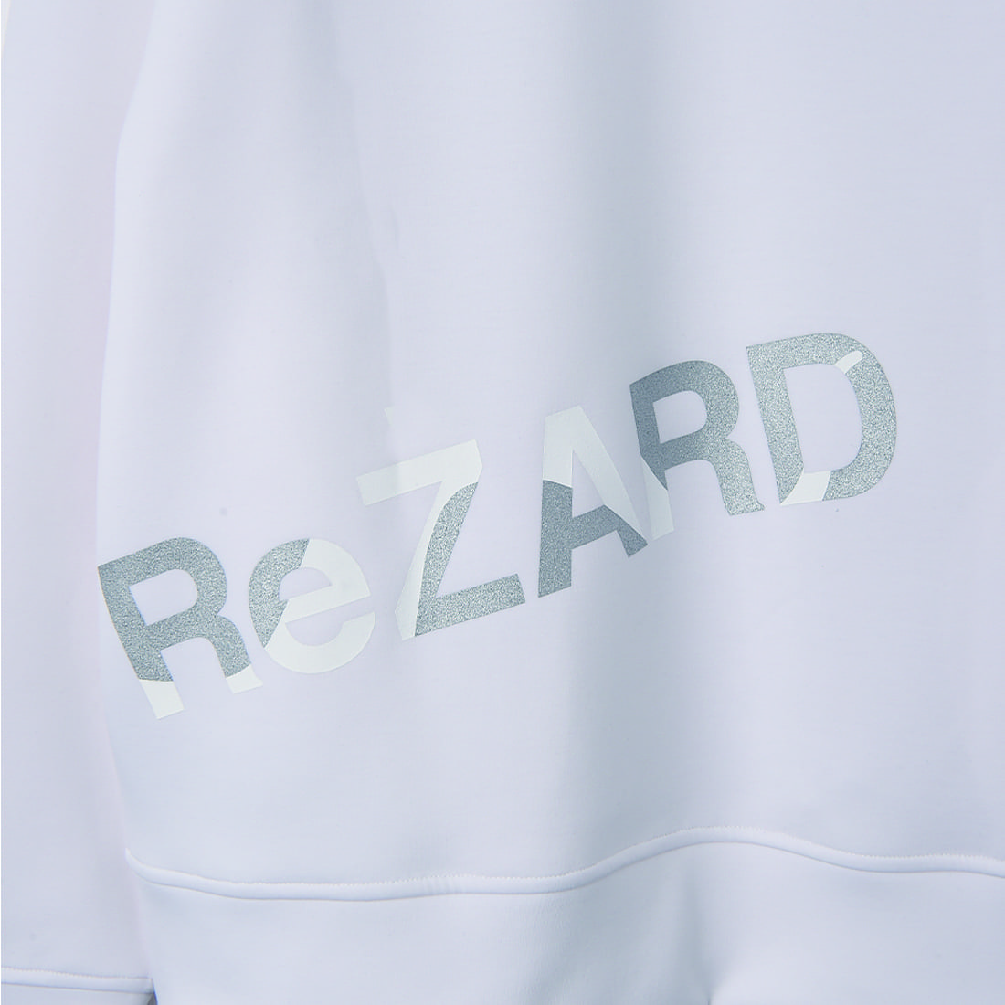 【ReZARD】Tail shadow Logo Sweat
