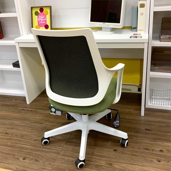 オフィスチェア ロッティ ポップなカラーリング ほどよいクッション性