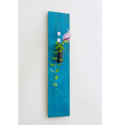 on the wall  タペストリー型花器  モメンタムファクトリー・Orii(momentum factory Orii) 高岡銅器