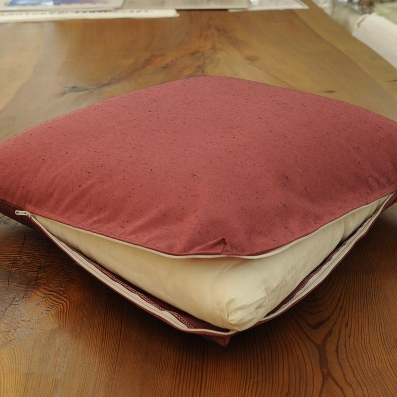 座布団カバー 紬カラー 薔薇色 39x39cm