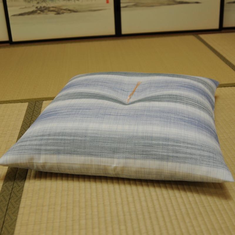 10%OFF 夏座布団 先染め織物『夏 かすみ』 50x50�
