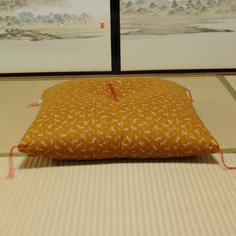 座布団 とんぼ 黄蘗色(きはだいろ)