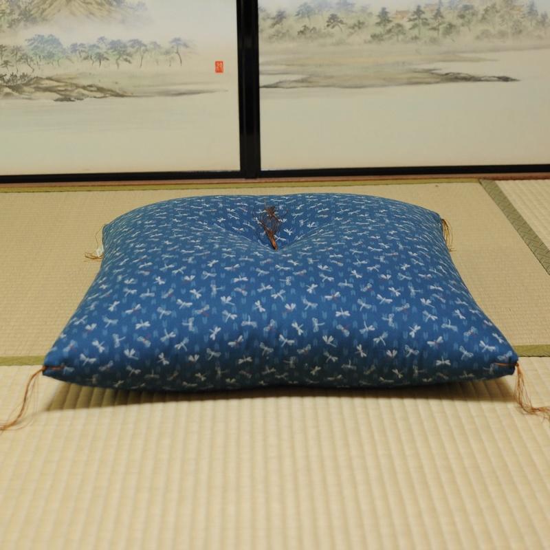 座布団 とんぼ 薄青色(うすあおいろ)