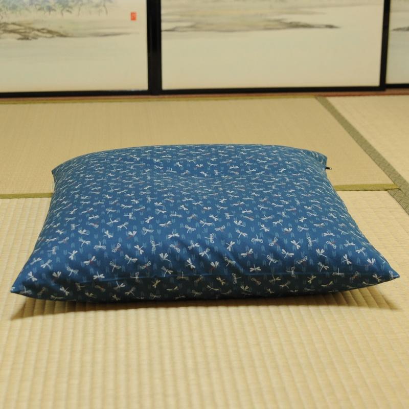 座布団カバー とんぼ 薄青色(うすあおいろ)