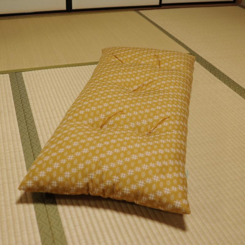 長座布団 井絣(いがすり)