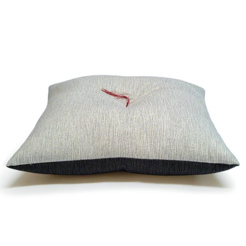 座布団 もめん縞 桂川 リバーシブル(表生地色と裏生地色とを別色にて製作)