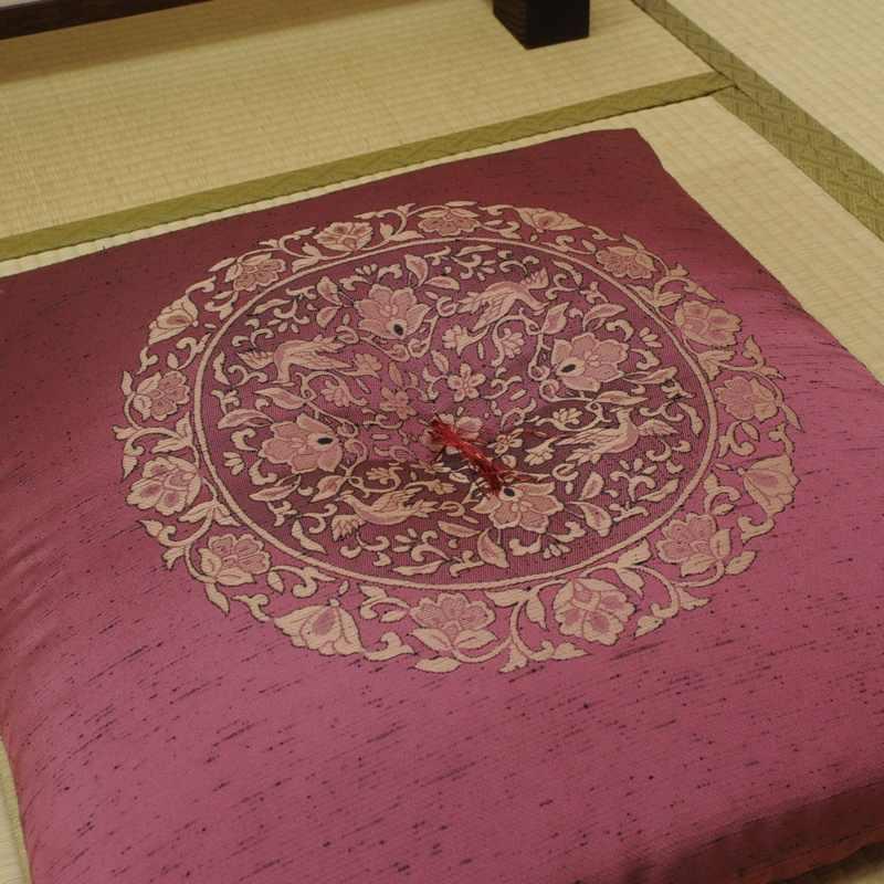 座布団 絹交織 壮美(そうび) �1 八端判59x63cm
