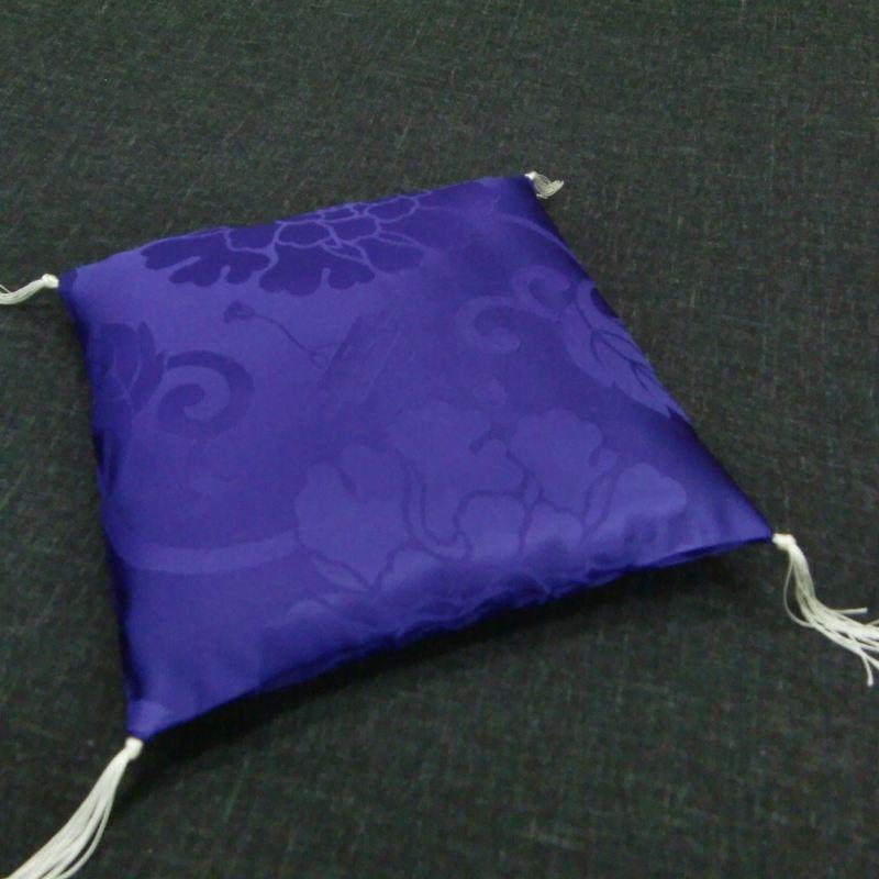 置物用ミニ座布団 正絹(絹100%) 紫