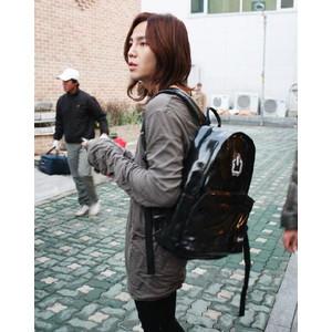 [CEMULA/シミュラ] E.CLASSIC BACKPACK ENAMEL BLACK(黒)Mサイズ-チャン・グンソク/パク・シネ/チョン・ヨンファ/BEAST/MBLAQ/4minute/Secretなど、韓国芸能人多数愛用ブランド