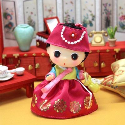 ミニ韓服トゥン〈ピンク色〉〜とってもかわいいチマチョゴリ人形