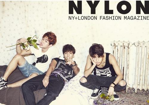 韓国雑誌 NYLON(ナイロン)2013年3月号 SHINee(シャイニー)表紙![送料無料]