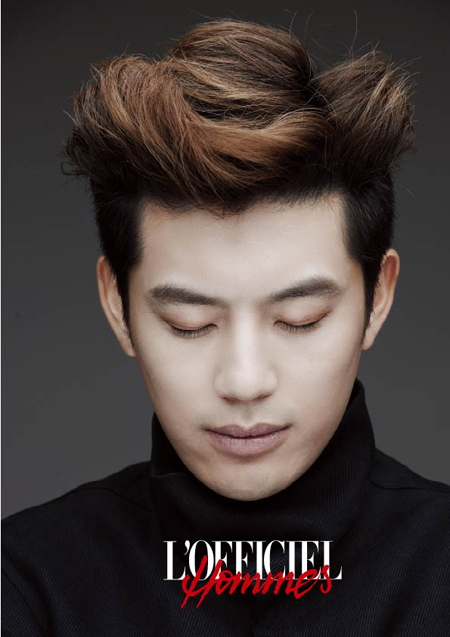 韓国雑誌 L'OFFICIEL HOMMES KOREA(ロフィシェル・オム)2013年4月号 -SE7EN(セブン)入隊前グラビア掲載!