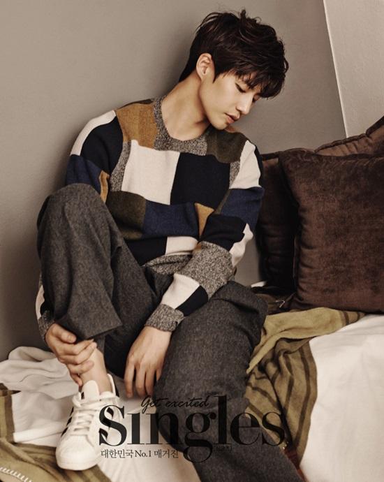 韓国雑誌Singles(シングルズ)  2015年2月号 ソン・ジェリム掲載![送料無料]