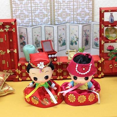 ミニ韓服トゥン〈赤色〉〜とってもかわいいチマチョゴリ人形