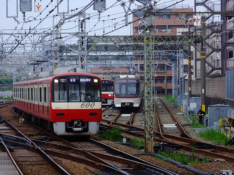京急プラレールセット A.車両基地セット(神奈川新町駅風)