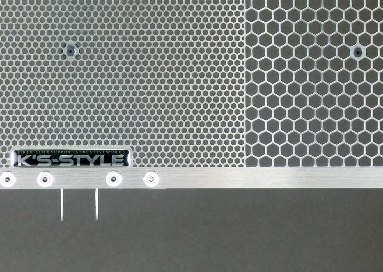 GSX-S1000 / GSX-S1000F  ラジエターコアガード シルバ-