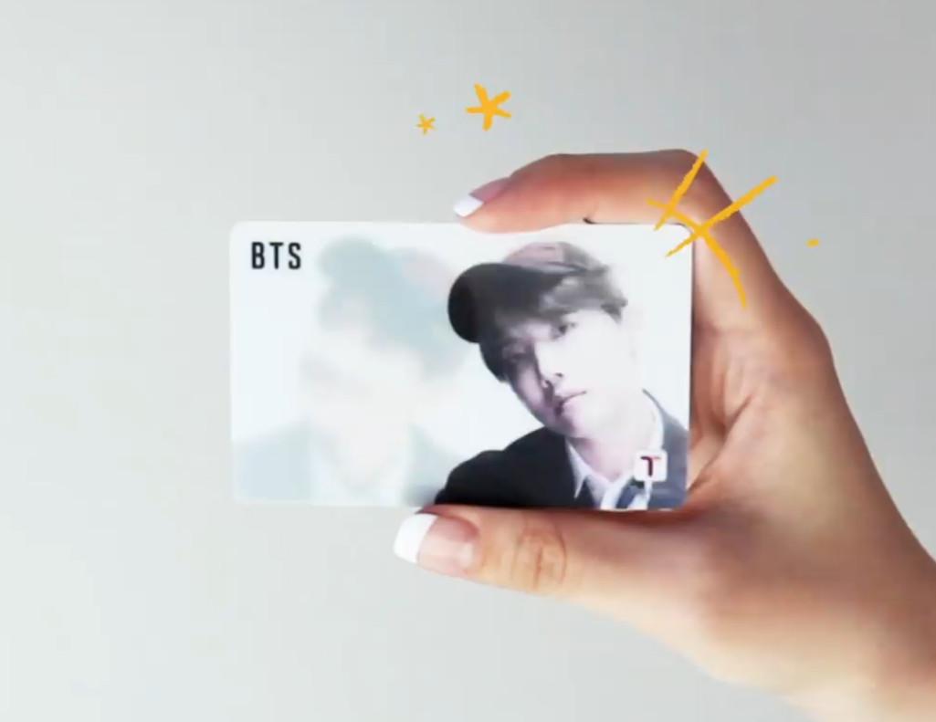 【数量限定】 防弾少年団( BTS X CU) 公式グッズ / 韓国交通カード T-MONEY / K-POP / ( 韓国 ソウル 地下鉄 バース 旅行 )