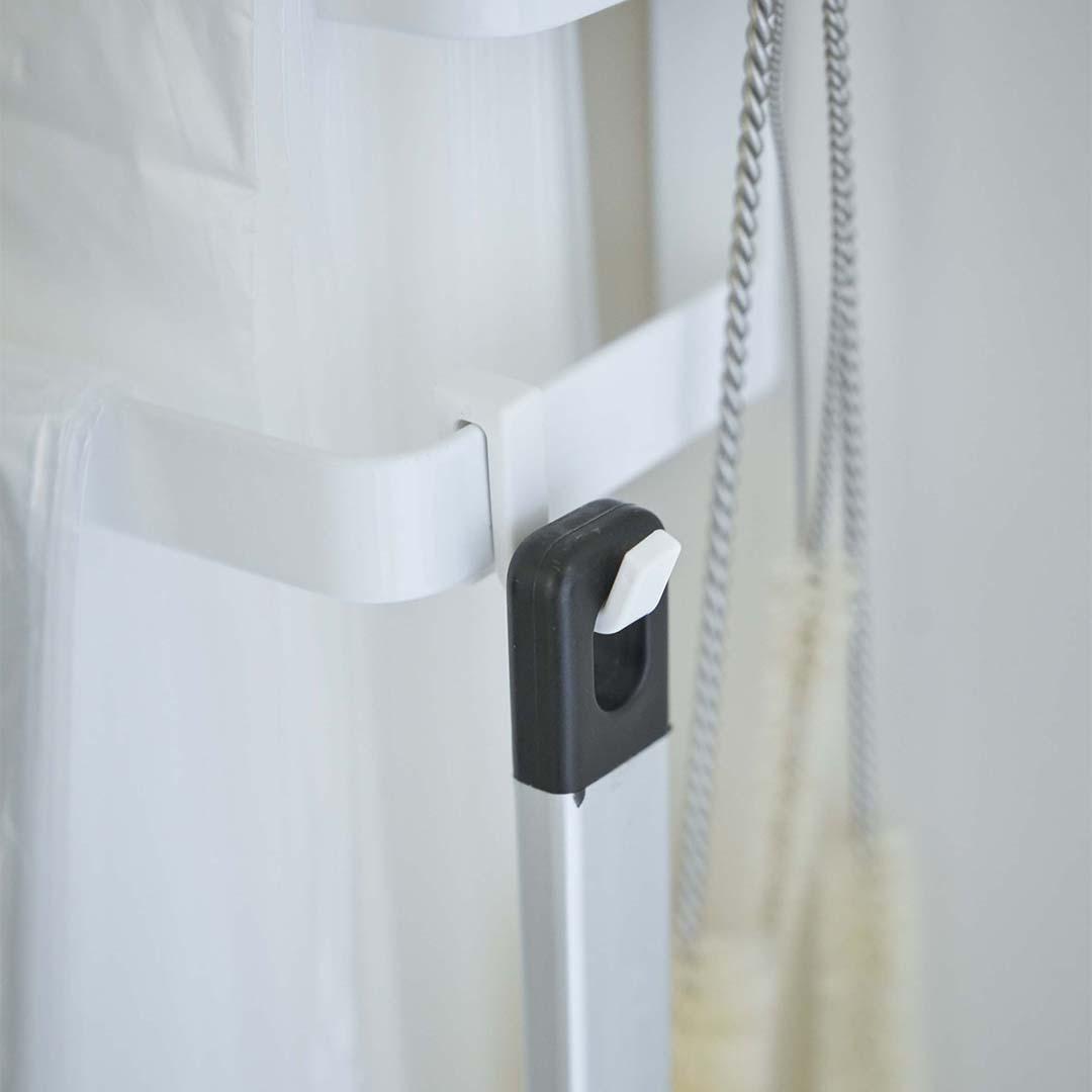 【tower】シンク扉ゴミ袋ホルダー  タオルハンガー付き  タワー  ホワイト