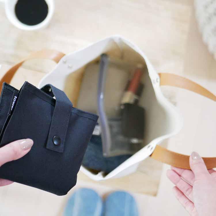 たためる携帯ティッシュケース タワー ブラック
